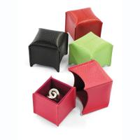 Laurige|leather ring box|engament ring|leather gifts for her|gift ideas|